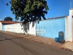 Área à venda, 883 m² por R$ 200.000,00 - Indsutrial - Monte Alegre de Minas/MG