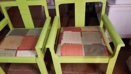 Título do anúncio: Cadeiras em madeira.