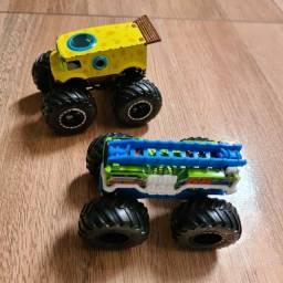 Título do anúncio: Conjunto de carros monster truck<br>R$40