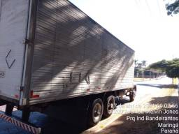 Caminhão truck bau