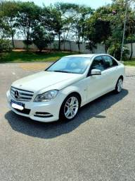 Título do anúncio: Mercedes Benz c180 Impecável