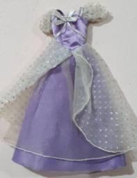 Vestido Roxo de Barbie Princesa Doll 1997