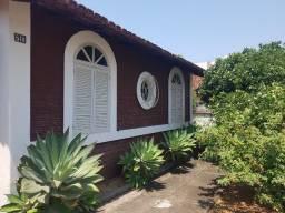 Casa no centro de Iriri, próxima a praia Costa Azul