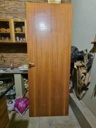 Título do anúncio: Porta usada 2.10x0.80 cm