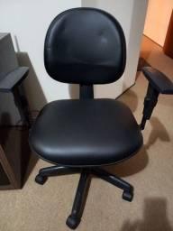 Título do anúncio: Cadeira escritório simples