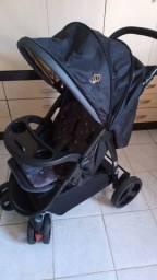 Título do anúncio: Combo carrinho de bebê+ bebê conforto em estado de novo + lote de 100 peças de roupinhas