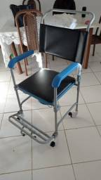 Título do anúncio: Cadeira Sanitária Higiênica De Banho Aço D50 Dellamed 150 Kg