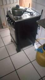 Título do anúncio: Vendo fogão 4 bocas Itatiaia automático ainda na garantia tudo funcionando. *