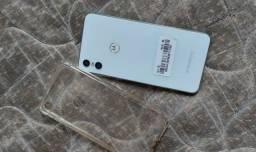 Título do anúncio: Vendo Motorola one 64gb
