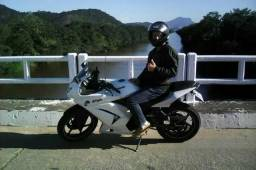 Moto Kawasaki Ninja - 2011