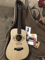 Violão Taylor Baby Signature