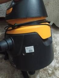 Aspirador de pó Eletrolux pó e água 220v
