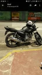 Vendo linda moto Yamaha fecto por 3.600 R$ - 2011