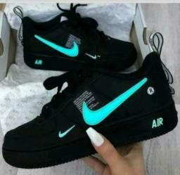 Tênis Nike Air Preto/Verde