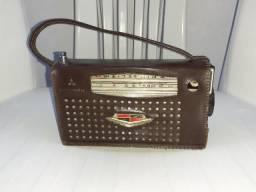 Rádio Mitsubishi evadin