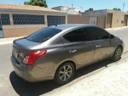 Nissan versa sl 1.6 - 2012