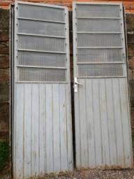Porta de ferro completa de abrir
