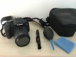 Camera Canon T5i Aceito cartão