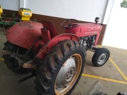 Trator Massey