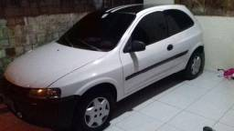 Gm - Chevrolet Celta - 2001
