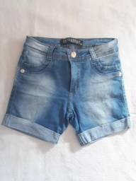 Shorts jeans e vestidinho