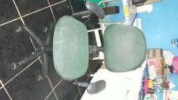 Cadeira Semi Nova