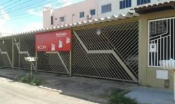 Aluga-se excelente casa para clínicas ou escritórios