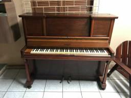 Piano Lambert