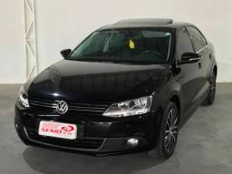 Vw Jetta 2.0 TSI Highline - 2011