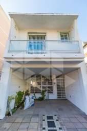 Casa para alugar com 2 dormitórios em , cod:I-025521