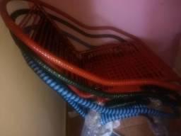Cadeiras de fio!