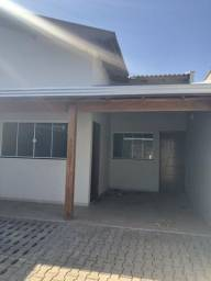 Casa Térrea - 3 Dormitórios, 100m2, Churrasqueira. Nova!! Jd. Pinheiros