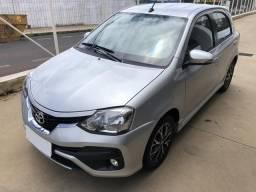 Toyota etios hatchback Platinum 1.5 automático 2017/2018 - 2018