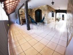 Oportunidade única Casa de 3Q com suíte bem espaçosa em Laranjeiras