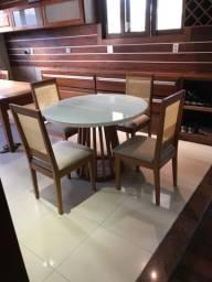 Mesa de madeira maciça(mogno)
