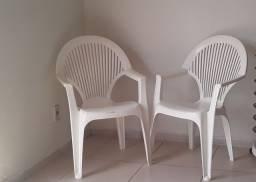 Vendo Essas 2 Cadeiras poltrona