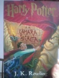 Título do anúncio: Livro Harry Potter A Câmara Secreta