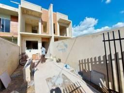 Lindo sobrado à venda na região do Umbará, com 3 quartos e 78 m², próximo a rua Eduardo Pi