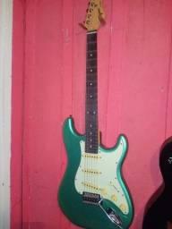 Título do anúncio: Guitarra tagma 500 nova cor verde 600,00