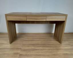 Título do anúncio: Mesa Escrivaninha Valencia com 3 gavetas 150x60 em MDF - HyperBuy - Produto Novo