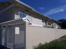 Título do anúncio: Cima Vende: Casa 2 quartos, entre o Mar e Montanhas- entrada 30.MIL+ prestações