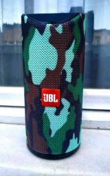Caixa de som JBL resistência a água