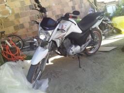 Título do anúncio: Moto Titan 150cc