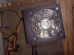 Fonte Hoopson Fnt 550C - 550W Reais com LED Rgb funcionando perfeitamente