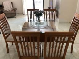 Título do anúncio: Vendo conjunto de mesa com cadeiras