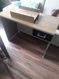 Título do anúncio: Mesa escrivaninha