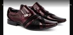Sapato de Couro marca VENETTO