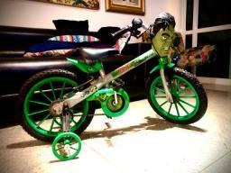 Bicleta aro 14 Avengers Hulk