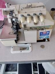 Máquina de costura overlok Sun Special 8804