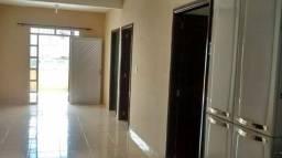 Aluga-se casa na cidade de Tefé
